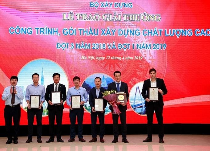 sheraton grand da nang resort dat huy chuong vang cong trinh xay dung chat luong cao