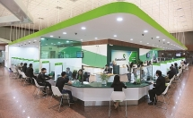 vietcombank giam lai suat cho 90000 khach hang