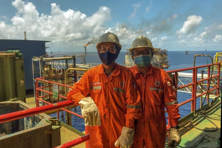 Việt Nam có nên mua dầu dự trữ lúc này?