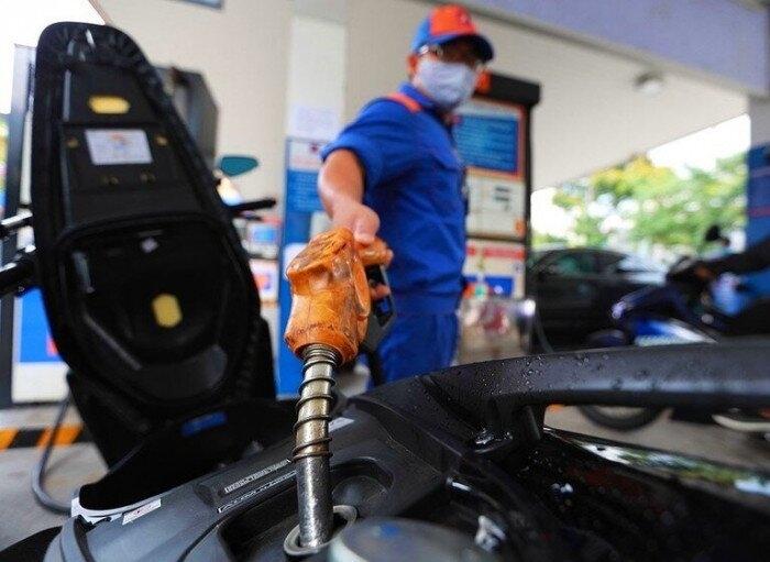 Giá xăng dầu trong nước tiếp tục tăng từ 15h chiều nay 12/7