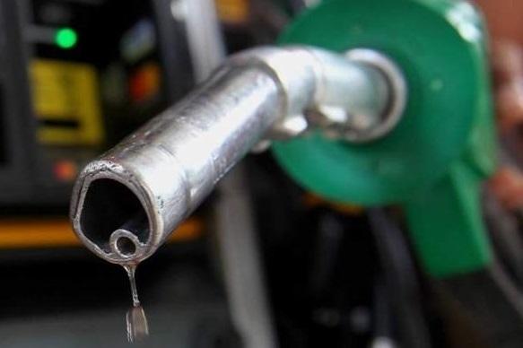 Công ty xăng dầu Khánh Quỳnh bán hàng nghìn lít xăng kém chất lượng