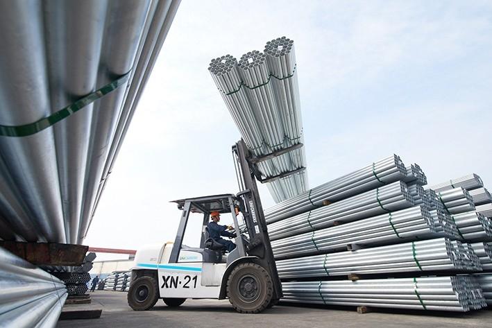"""Bộ Công thương: Không có chuyện doanh nghiệp bắt tay """"làm giá"""" thép"""