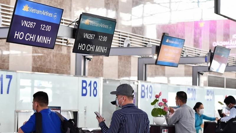 Hàng không hỗ trợ hành khách đổi, hoàn vé bay vì Covid-19