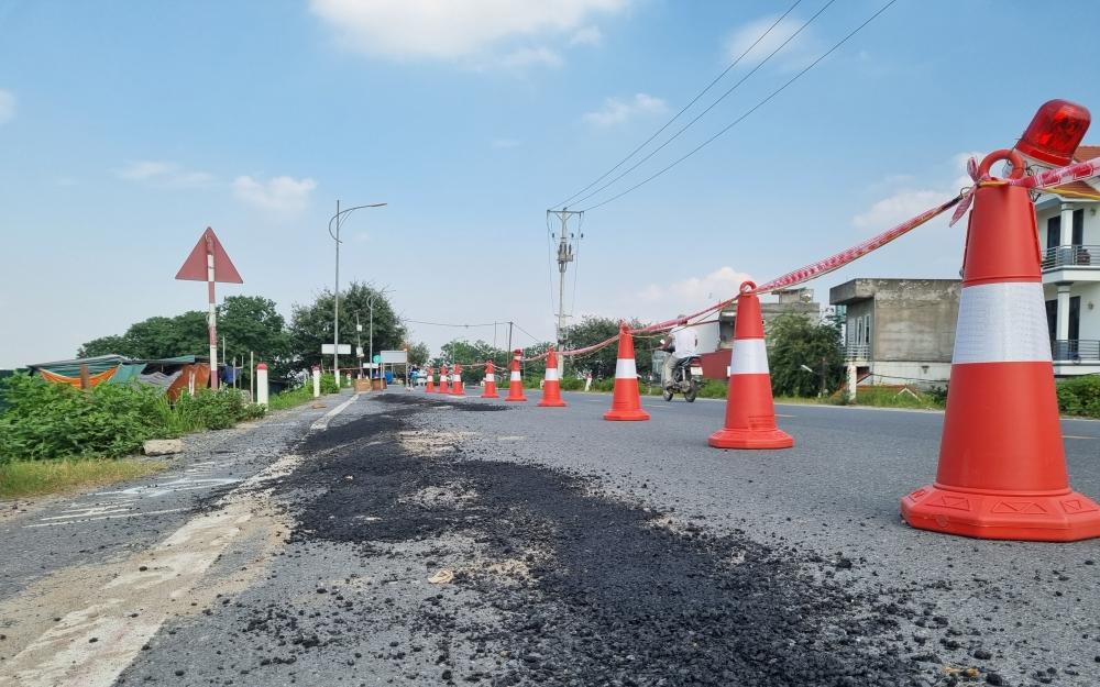 Hà Nội: Xác định nguyên nhân tuyến đê vừa mất 300 tỷ đồng nâng cấp đã nứt gãy