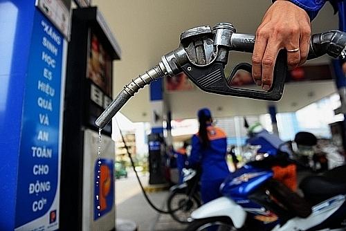 Ngày mai, giá xăng có thể giảm tiếp?