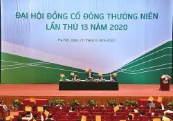 vietcombank lo no xau tang manh