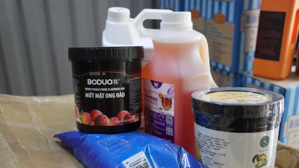 Hà Nội: Hàng tấn nguyên liệu trà sữa không rõ nguồn gốc