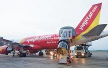 Máy bay sắp hạ cánh phải bay lên vì máy bay Vietjet Air đi nhầm đường lăn