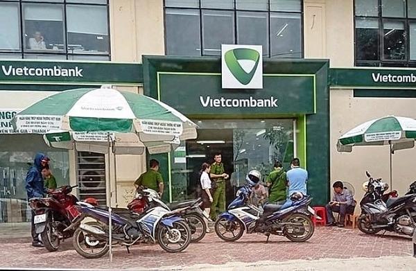 vietcombank thong tin ve vu cuop no sung tai ngan hang o thanh hoa