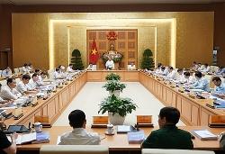 Thủ tướng: Không để đứt gãy nền kinh tế, cố gắng tăng trưởng dương năm nay