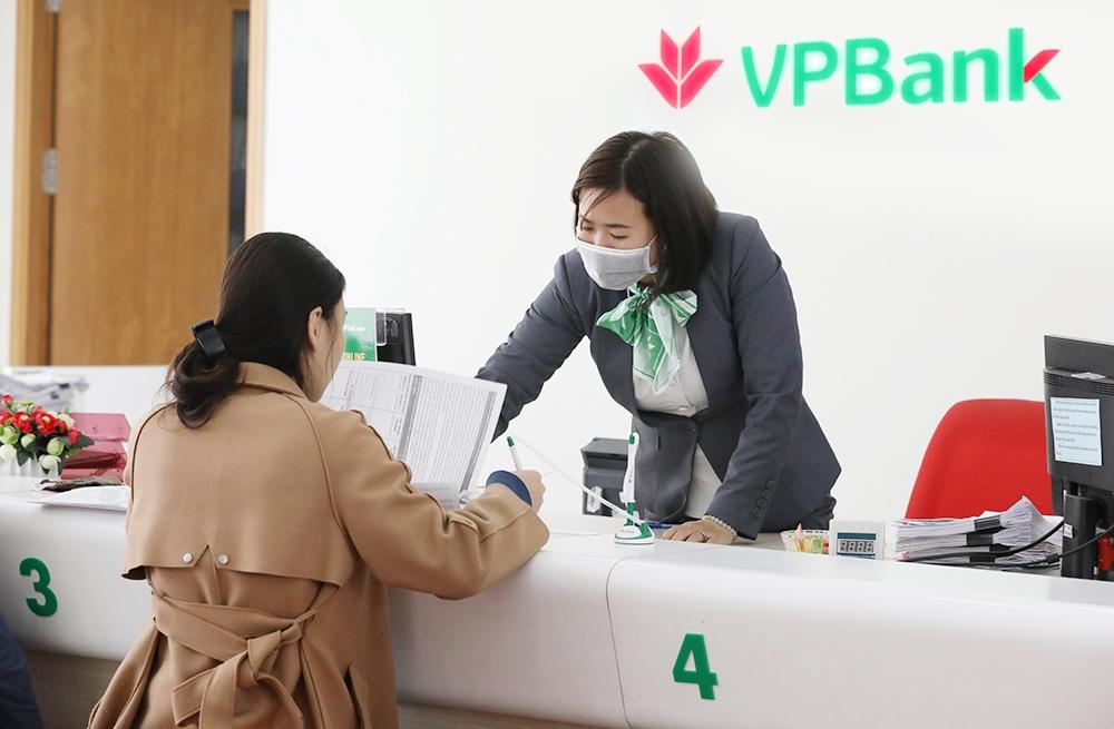 Cảnh báo thủ đoạn lừa đảo vay vốn ngân hàng, mở thẻ tín dụng giả