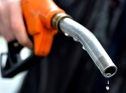 Xăng dầu giảm giá từ 15h