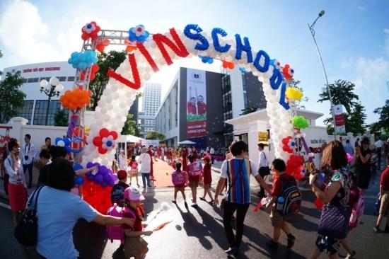 Vingroup lên tiếng về thông tin bán Vinschool và Vinmec