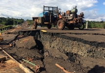 Công bố nguyên nhân dự án đường 250 tỷ đồng vừa làm xong đã hỏng