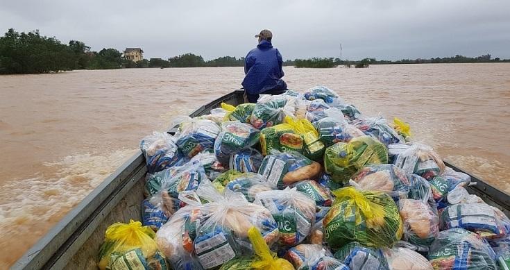 Hà Nội: Cấm lợi dụng mưa lũ để đầu cơ, tăng giá hàng hóa bất hợp lý