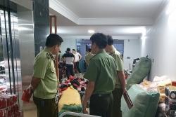 Kho hàng thời trang nhập lậu cực lớn tại Quảng Ninh