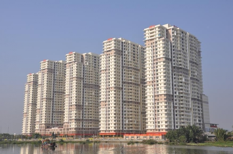 Ngân hàng bán phát mại hàng chục căn hộ tại dự án The Era Town