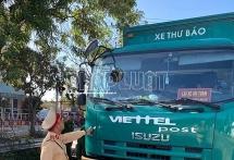 Đà Nẵng:  Tạm giữ hai xe thư báo Viettel Post nghi chở hàng lậu