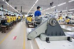 Xuất khẩu dệt may lần đầu tiên giảm sau 25 năm tăng trưởng liên tục