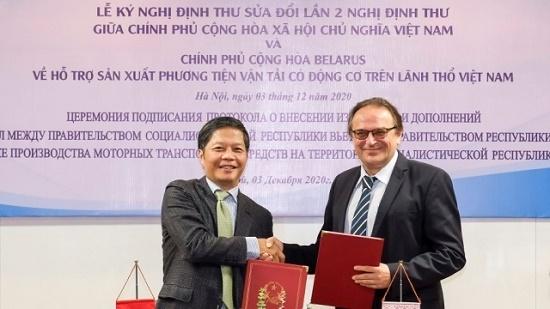 Tháo gỡ vướng mắc cho Liên doanh sản xuất ô tô Việt Nam - Belarus