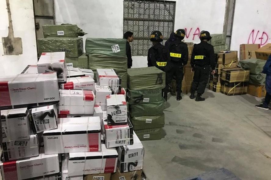 Vụ buôn lậu ở Quảng Ninh: Đình chỉ công tác 6 cán bộ hải quan Bắc Phong Sinh
