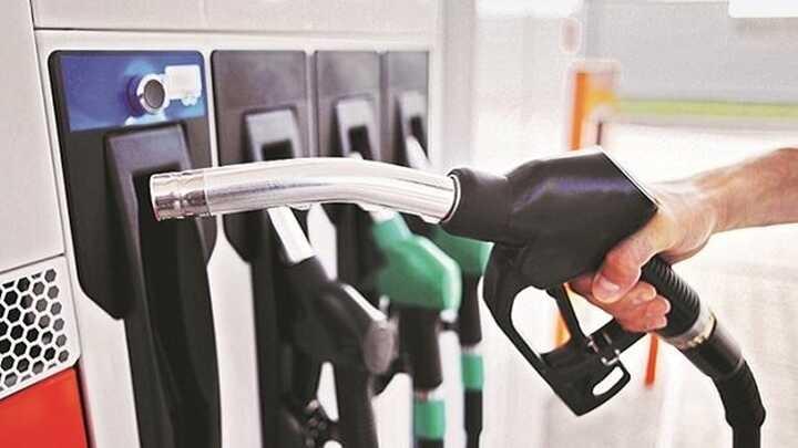 Chi đậm Quỹ bình ổn, giá xăng dầu vẫn tiếp tục tăng cao