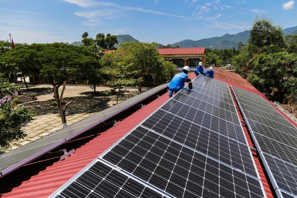 Bộ Công thương: Sẽ sớm có cơ chế mới về giá bán điện mặt trời mái nhà
