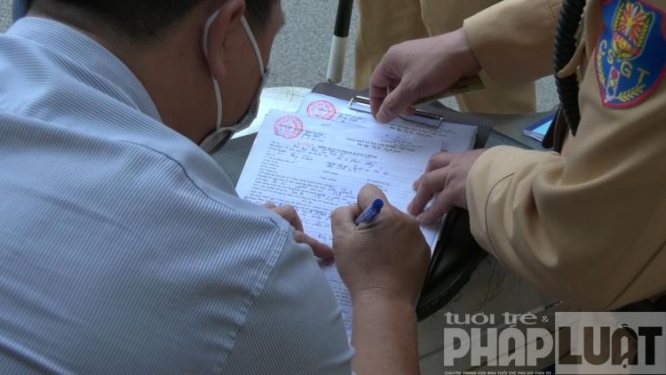 Quy trình nhận lại giấy tờ sau khi nộp phạt trực tuyến