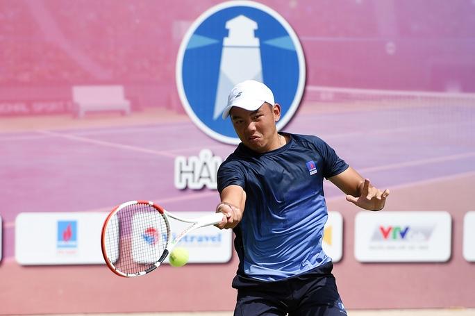 Tấm Huy chương Vàng SEA Games lịch sử mà Hoàng Nam mang về cho đoàn thể thao Việt Nam sau hơn 50 năm chờ đợi đã làm thay đổi cuộc đời tay vợt này