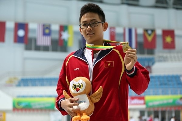 Lâm Quang Nhật thử thách với môn thể thao mới