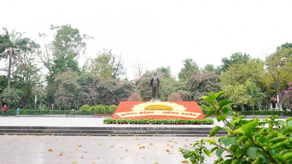 Phố phường Hà Nội thông thoáng ngày đầu đi làm sau kỳ nghỉ Tết
