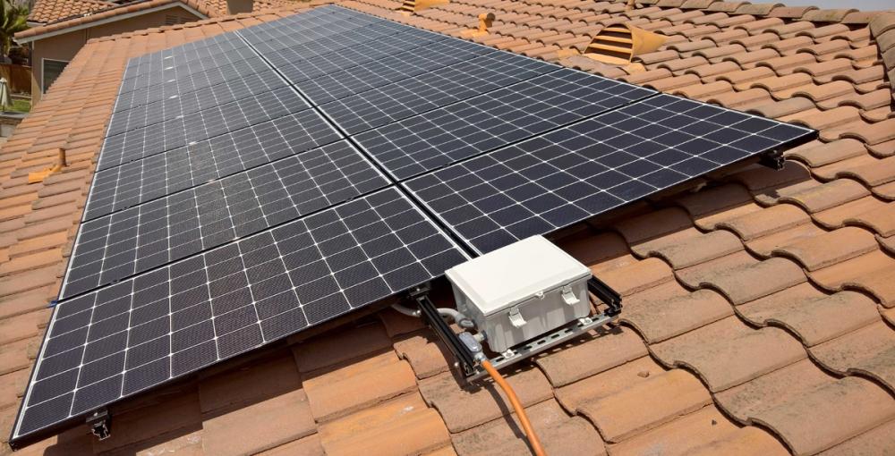 Chợ đầu tiên ở Hà Nội lắp điện mặt trời áp mái