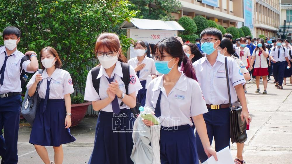 Hải Phòng khẩn cấp cho học sinh tại 3 xã nghỉ học để truy vết phòng dịch Covid-19