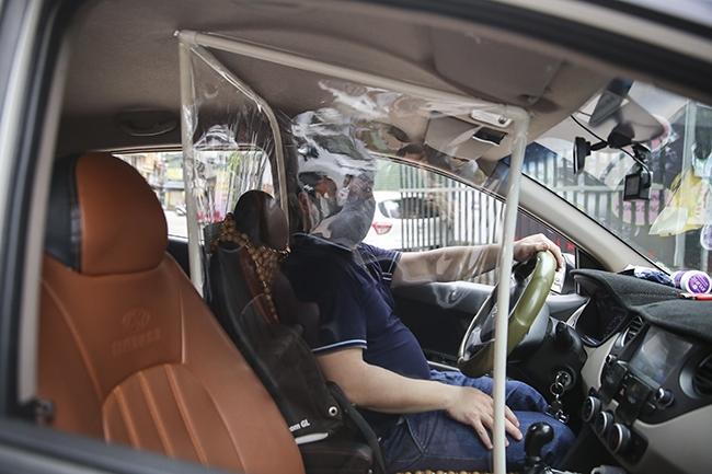 taxi cong nghe tung chieu doc doi pho voi dich benh covid 19