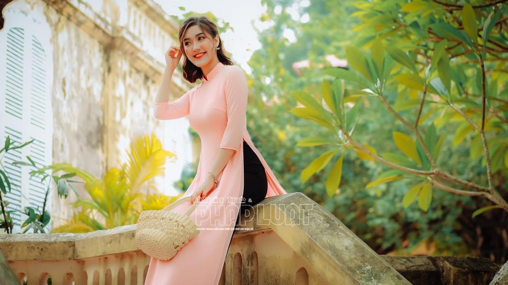 Rực rỡ sắc màu trong Tuần lễ áo dài Việt Nam 2021