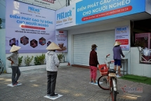 atm gao mien phi danh cho nguoi ngheo thoi cach ly toan xa hoi