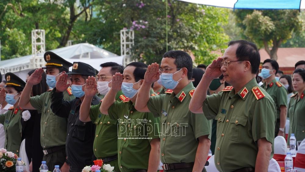 Các đại biểu tham dự Lễ phát động