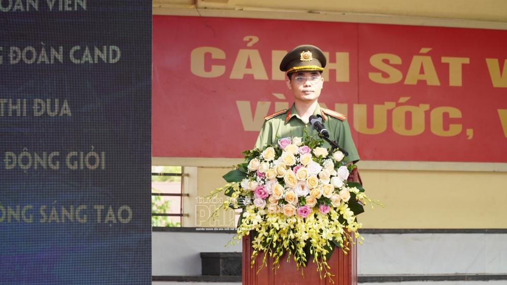 Thiếu tá Phạm Mạnh Tường, Phó Chủ tịch Công đoàn CAND báo cáo tổng kết hoạt động Tháng Công nhân, Tháng hành động VSATLĐ, Tháng hành động vì môi trường năm 2020 của Công đoàn CAND