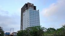 """Tòa nhà """"trơ khung"""" 11 năm giữa thành phố Hải Phòng"""