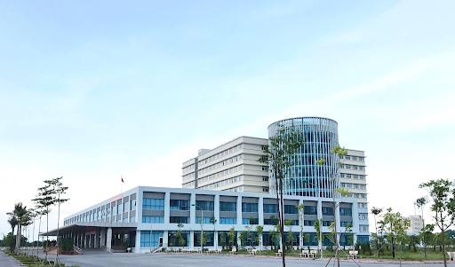 Bệnh viện Bệnh Nhiệt đới Trung ương cơ sở Kim Chung (Đông Anh) đang ghi nhận nhiều ca dương tính với virus SARS-CoV-2 có lịch trình di chuyển phức tạp