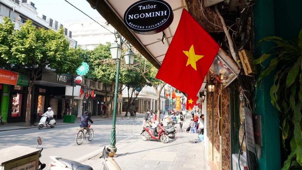 TP Hà Nội treo cờ Tổ quốc chào mừng ngày hội bầu cử