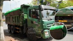 Chở vật liệu khiến nước chảy không ngừng - lái xe tải chịu phạt 4 triệu đồng