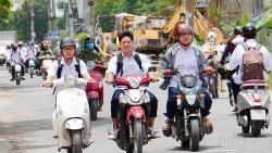 Mối nguy khi học sinh điều khiển xe máy điện, xe đạp điện