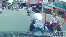 Người phụ nữ gây tai nạn xong bình thản quay mặt đi