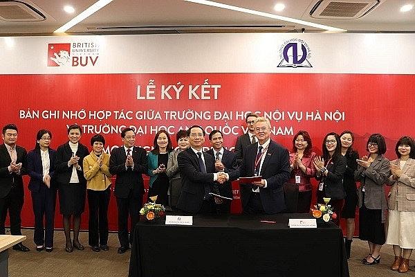Trường Đại học Nội vụ Hà Nội ký kết hợp tác với Trường Đại học Vương quốc Anh
