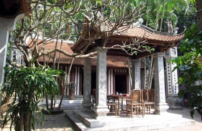 Lăng mộ và đền thờ Tể tướng Nguyễn Công Thái