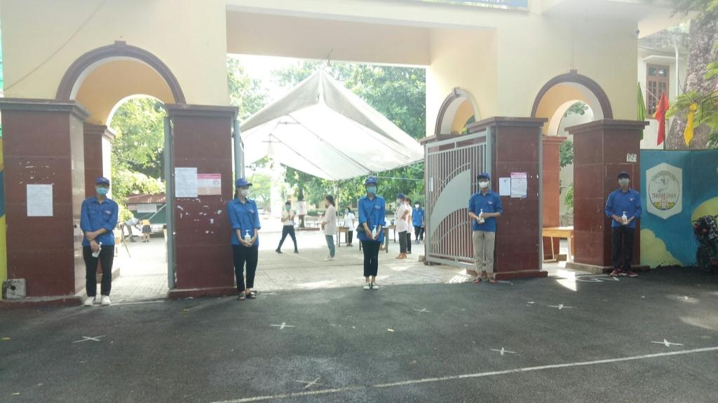 Tại huyện Thanh Oai thanh niên tình nguyện cũng tích cực tham gia diễn tập