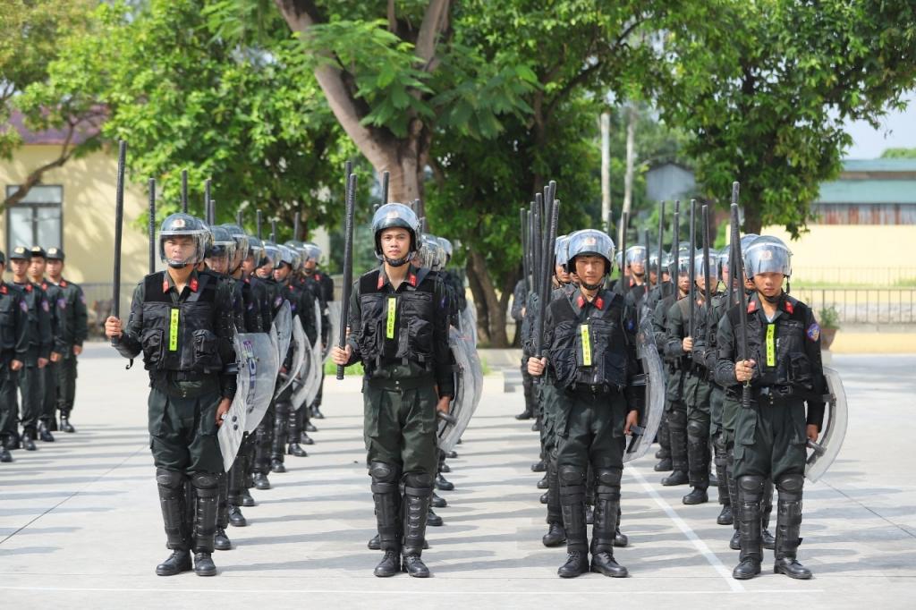 Chiến sỹ trẻ Cảnh sát cơ động rèn luyện võ nghệ sẵn sàng ra quân làm nhiệm vụ