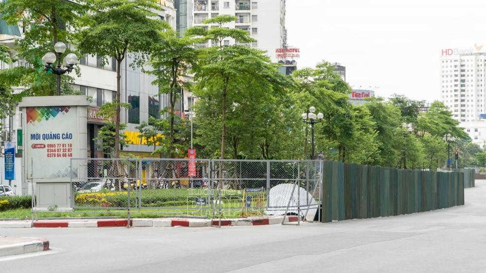Hà Nội tiến hành rào chắn, chuẩn bị mở rộng đường Liễu Giai, Văn Cao