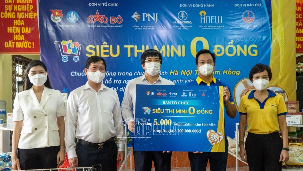 Ban tổ chức sẽ trao tặng 5.000 suất quà đặc biệt hỗ trợ sinh viên bị kẹt lại do dịch Covid-19